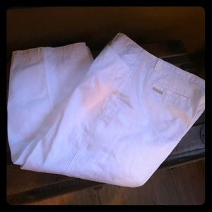 White size 14 Columbia cropped pants